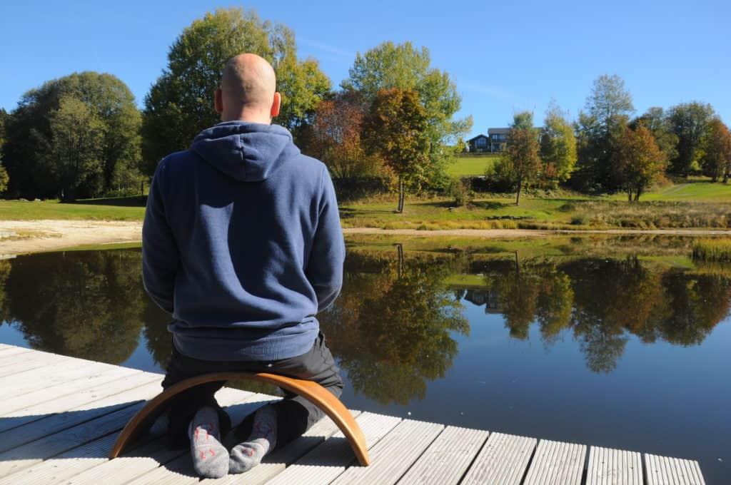 Carsten Warga Zen Meditation auf der Ombow Meditationsbank
