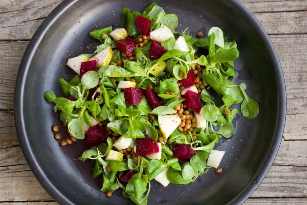Salat mit roter Beete