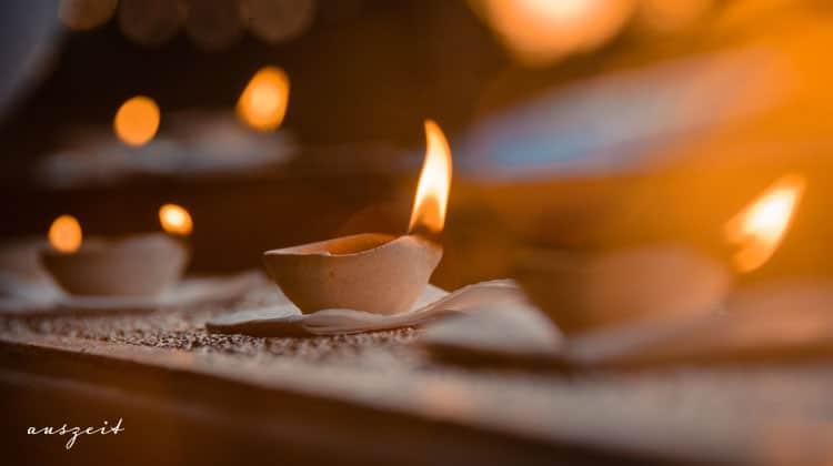 Kerze-als-Meditationsobjekt-in-der-Tratak-Meditation