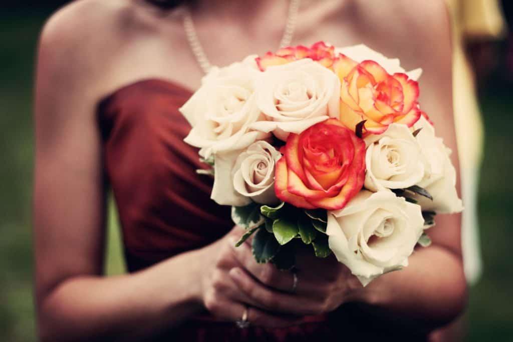 rotes Hochzeitkleid